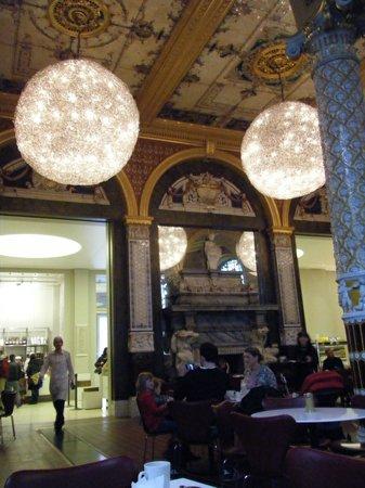 Cafe @ V&A Museum: V&A Museum Cafe