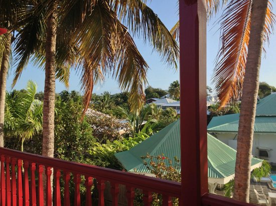 Hotel Residence Golf Village : vue en sortant de la chambre