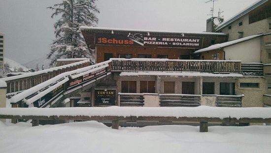 Le schuss sous la neige