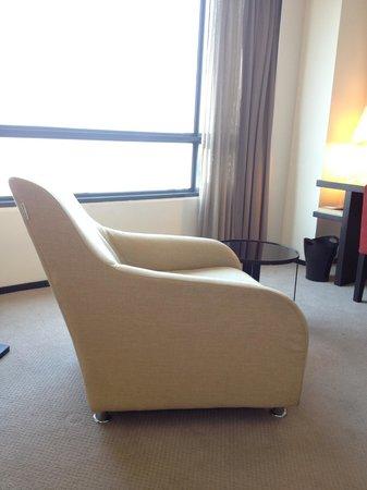 G Hotel Gurney: Comfy chair