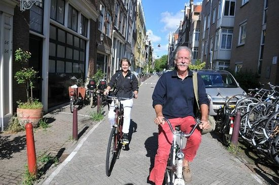 Toms Travel Tours : Discover the real treasures of Amsterdam with the Hidden Highlights Tour