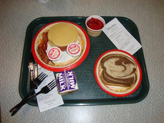Intermission Food Court: Pancakes