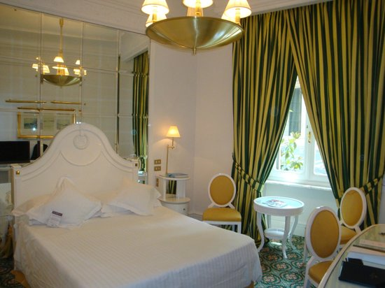 Hotel Majestic Roma: 部屋