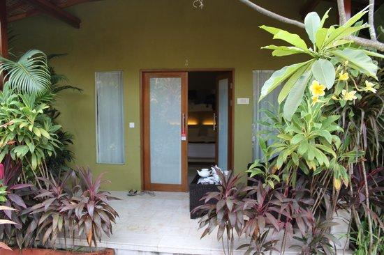 Aleesha Villas: Entrance to UBUT suite