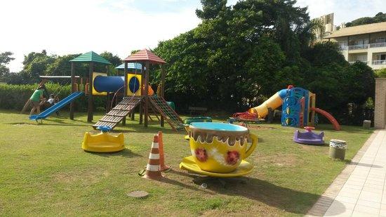 Costão do Santinho Resort Golf & Spa: playground infantil