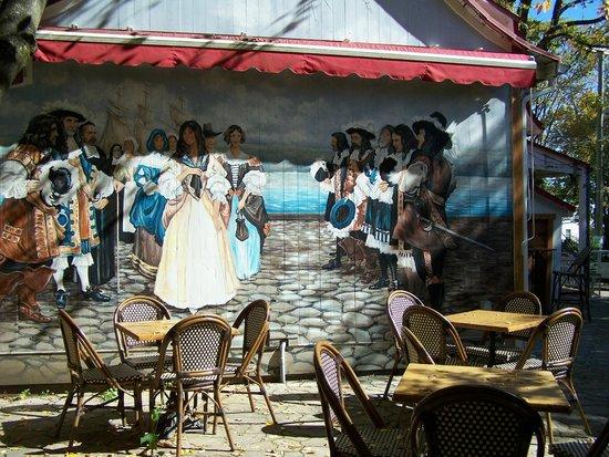 La magnifique fresque*Les Filles du Roi*, Fudgerie les Mignardises Doucinet