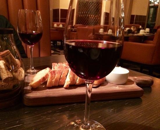 Sheraton Carlsbad Resort and Spa: ここのワインは最高です。