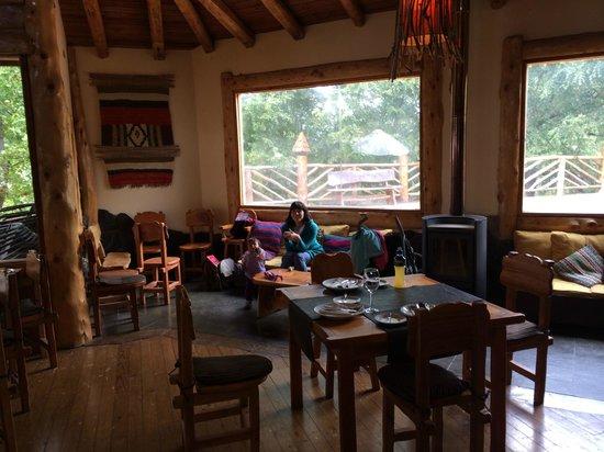 Restaurant La Fleur de Sel: Interior muy temprano, luego comenzó a llegar la gente.