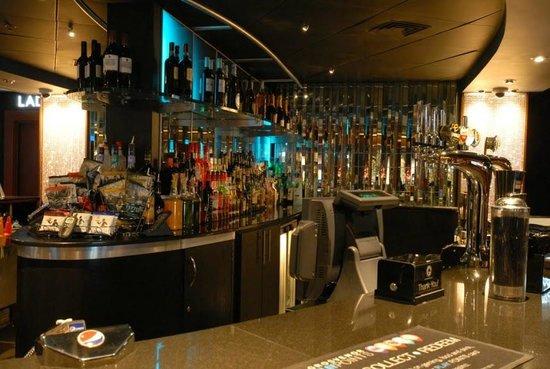 Grosvenor casino gunwharf quays gambling age on cruises