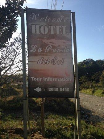 Hotel La Puesta del Sol: Hotel sign