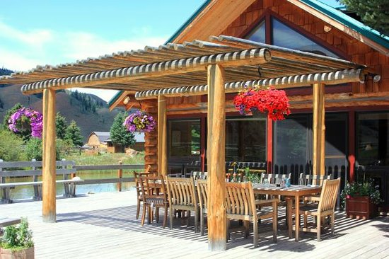 The Red Rock Ranch Dining