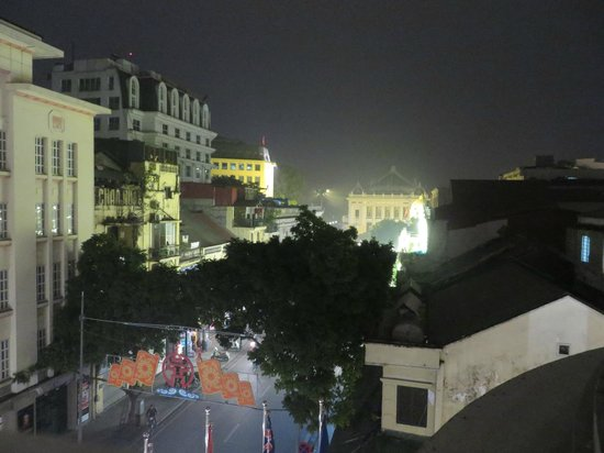Hotel de l'Opera Hanoi: view from the pool terrace