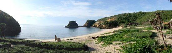 Jeeva Beloam Beach Camp: Sunrise