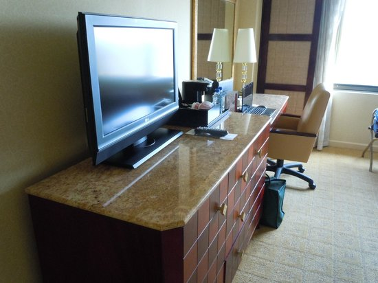 Long Beach Marriott: Room