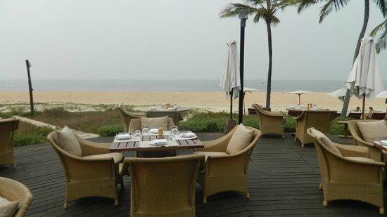 Park Hyatt Goa Resort and Spa: Beachside Restaurant