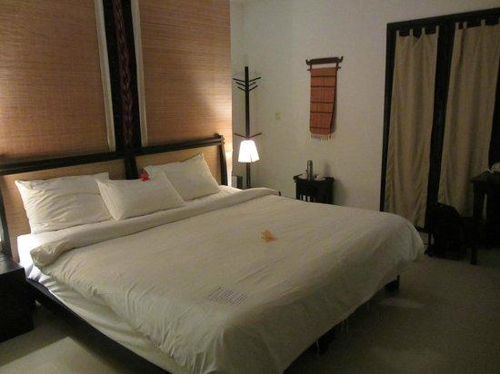 La Maison d'Angkor: la chambre