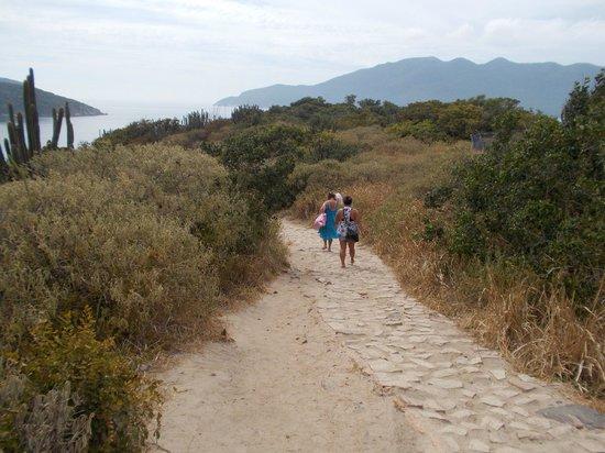 Forno Beach: Bajando hacia la playa