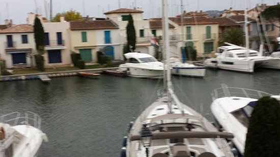 Port grimaud beach port grimaud ce qu 39 il faut savoir - Restaurant la table du mareyeur port grimaud ...