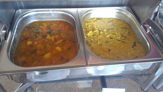 Sapphire Hotel: curries