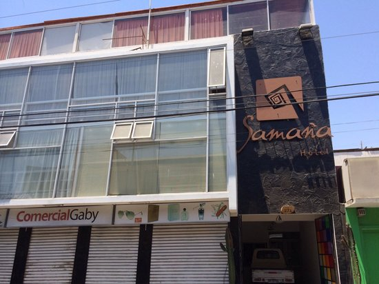Hotel Samana: Fachada del hotel