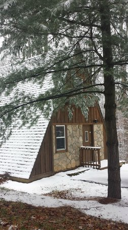 Old Man's Cave Chalets: Winter A-Frames