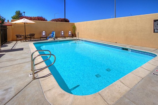 Hampton Inn Milpitas - Outdoor Pool