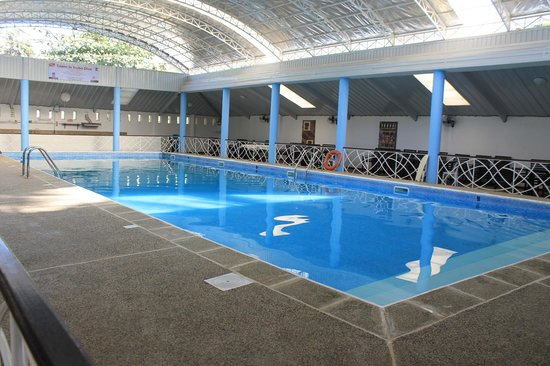 Balay Tuko Garden Inn: wide pool