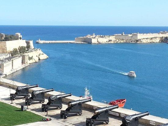 The Malta Experience: PUERTO DE LA VALETTA - MALTA