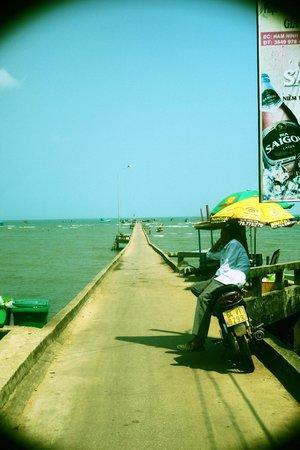 Sunny Boat Trip : Fishermen village