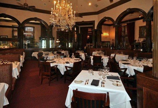 Arthur's Restaurant: Main Dinning Room