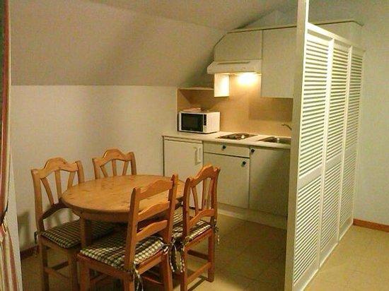Hotel Bosque-mar: cocina apartamento