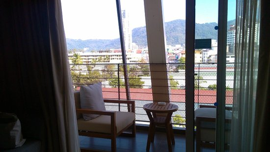 Ashlee Hub Hotel Patong : 不錯的陽台