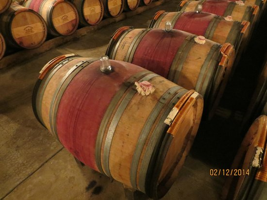 Rendez-vous au Chateau: French Oak Barrels Chateau d'Issan
