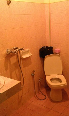 The Four Resort: Badkamer, zeer onpraktisch ingedeeld