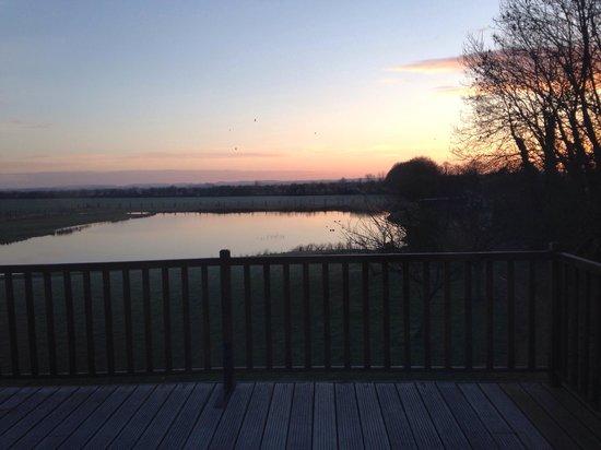 Vieille Ecluse : Lever de soleil depuis la terrasse de la chambre familiale.