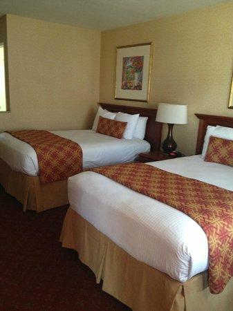 BEST WESTERN PLUS Anaheim Inn: Room