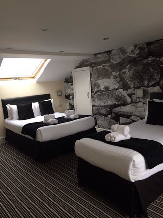 Happy Return Hotel: Newly refurbished room