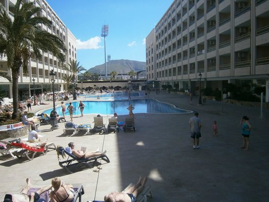 Main pools picture of kn columbus aparthotel playa de for Appart hotel 86