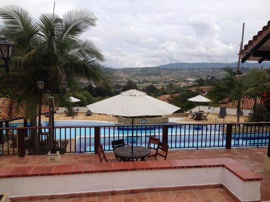 Hospederia Duruelo: Área de piscinas e jacuzzi