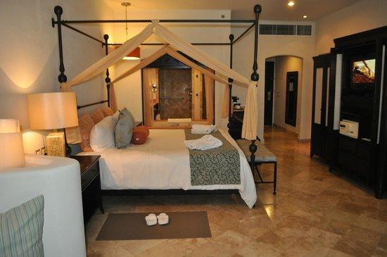 Secrets Maroma Beach Riviera Cancun: Jr Suite, Penthouse level, main building -- amazing views!