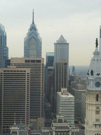 Loews Philadelphia Hotel: City view side of hotel