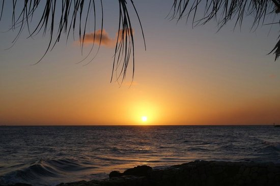 PM78 Urban Oasis Curacao: Beautiful sunsets again!