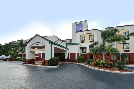 Sleep Inn Sarasota: Hotel Entrance