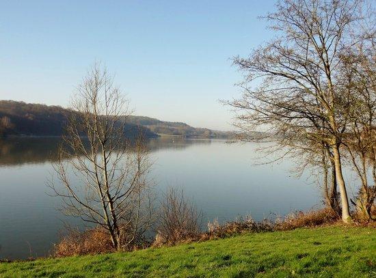 Les Cottages de ValJoly : lac