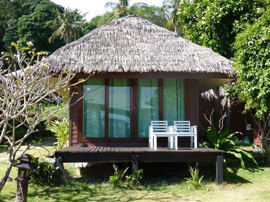 Koh Ngai Thanya Beach Resort: Cabin