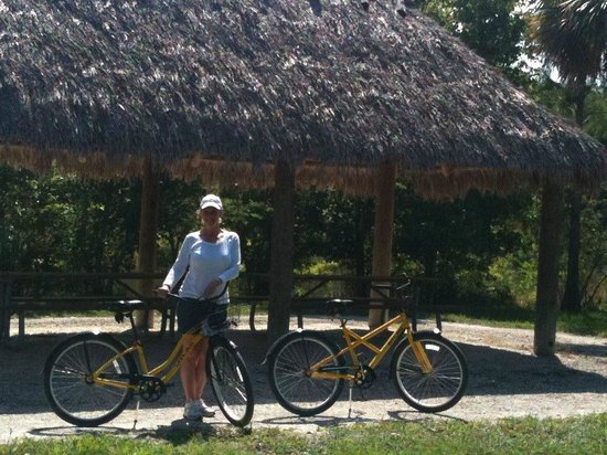 Riverbend Park: awesome trails for bike riding!