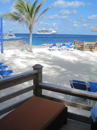 Coco Cay: View from our Cabana