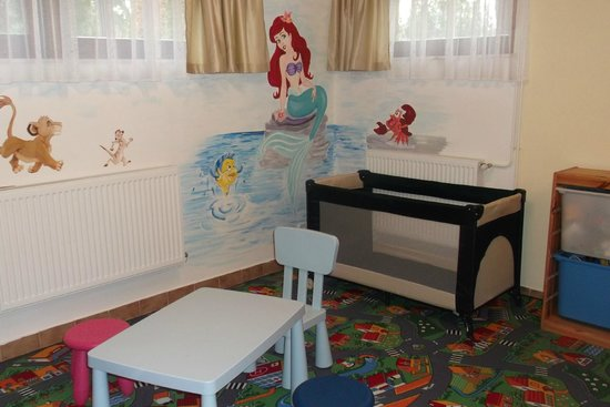Hotel Pension Helios: Children's corner