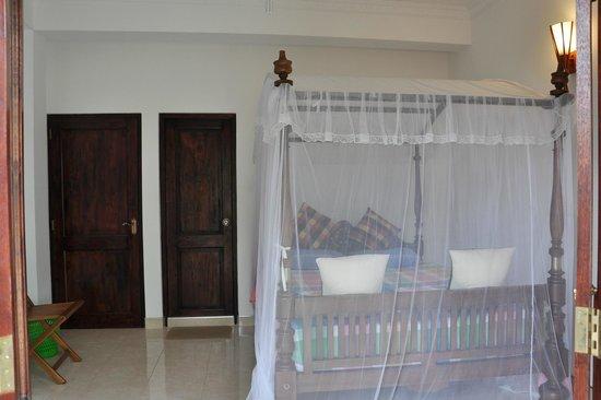 Ganthera Residence: Room