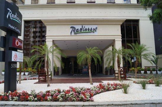 Radisson Hotel Curitiba: Exterior View